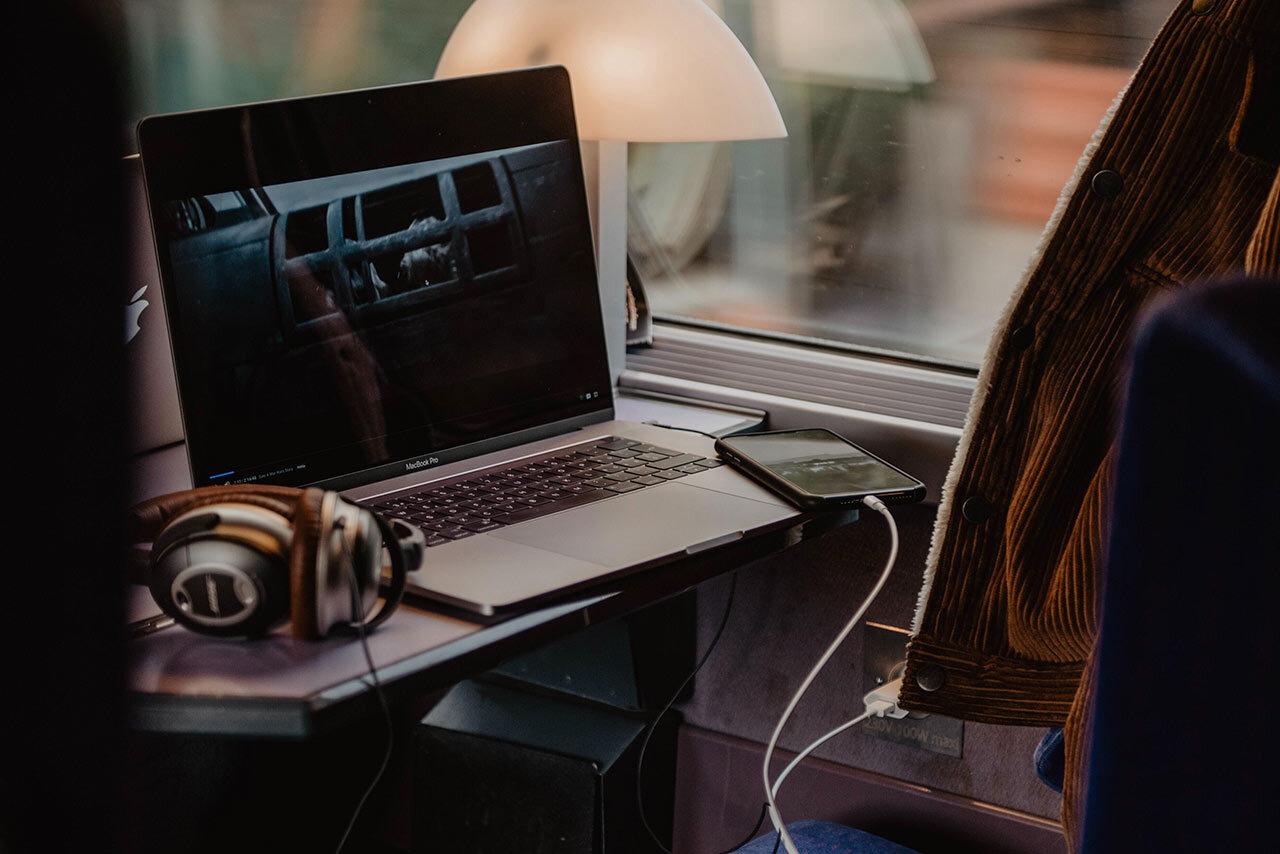 6 trucos para sacarle el máximo provecho a trabajar en el tren